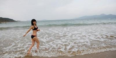 日本美少女铃木爱理泳装