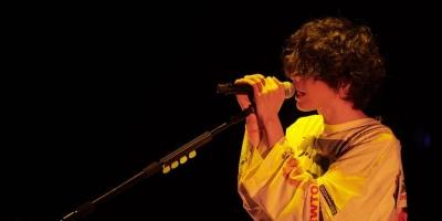 3 月 19 日,日本天才音乐人米津玄师首次海外公演在上海梅赛德斯奔驰文化中心举